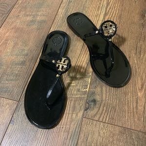 Tory Burch Mini Millers Black And Gold Size 11
